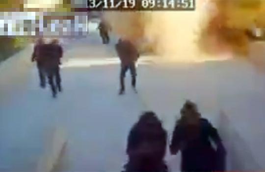 【衝撃映像:戦争】安定のシリアw今度はロケットを民間人にぶち込む(^p^)