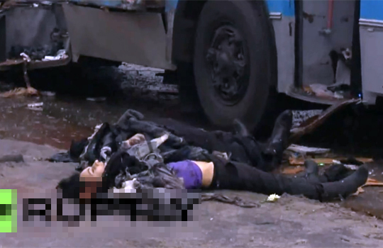 【グロ動画:車】ガスバス爆発!!乗客は頭が爆発して脳みそが・・・