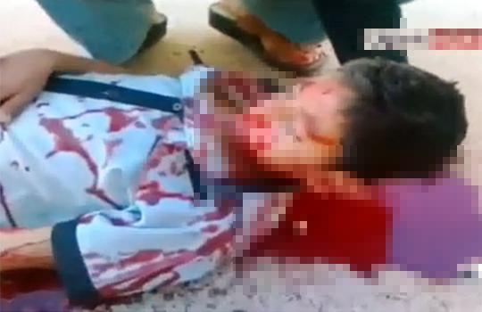 【グロ動画】シリアの惨状・・・そこ等中に死体が転がっている・・・