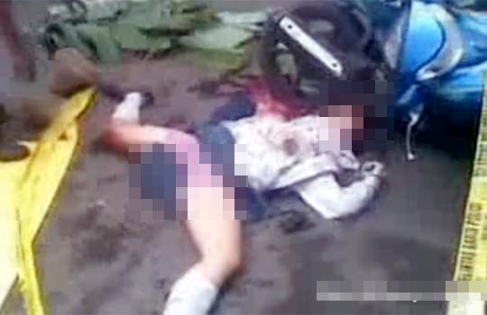 【グロ動画】女子高生が大股開きで頭を轢かれて死亡