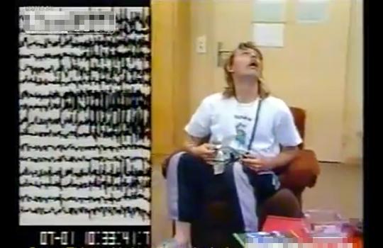 【閲覧注意】PCP(幻覚剤)を摂取した男の脳波を見たらヤバイ事になった・・・