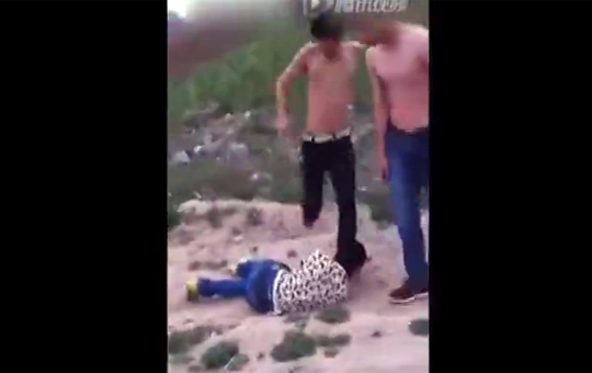 【閲覧注意】盗難を疑われた少年が集団リンチ→病院で死亡...