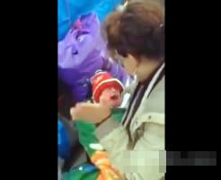 【虐待】生まれたての赤ちゃんに本気ビンタ・・・DQN親クズ過ぎ ※動画有り