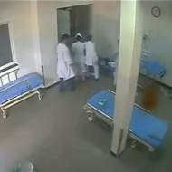 【殺人】緊急搬送された病院で襲われる患者が悲惨すぎる・・・
