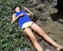 【閲覧注意】家に帰ってこない娘・・・ヘッドショットされ道端で死後硬直