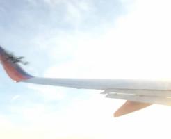 【衝撃映像】ドローンがついに飛行機と接触事故!そろそろヤバイだろ・・・