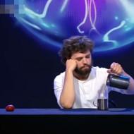 【神動画】おっさん天才過ぎるwいつまでも見れる神マジックwww