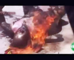 【自殺映像】チベットの自殺方法 自分にガソリンを掛けて焼身自殺