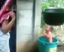 【虐待映像】母親って自分の赤ちゃんグーで殴れるんだな・・・