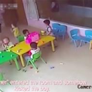 【ショッキング】保育所の監視カメラに映った虐待映像・・・