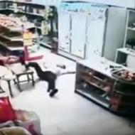【自殺映像】子供が目の前で自殺したときの両親の反応・・・
