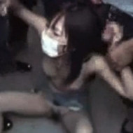 【集団レイプ動画】ある女子高生が調子に乗ってると地元の危ない奴に拉致されガチ輪姦されてる動画が流出・・・