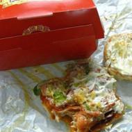 【閲覧注意】中国のハンバーガーに寄○虫・・・食べちゃった・・・