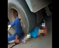 【グロ注意】トラックに数十m引きずられた女性の残りがこれ・・・