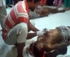 【グロ動画】インドすっげえぇ!死亡した男の腹を切ってその場で解剖・・・