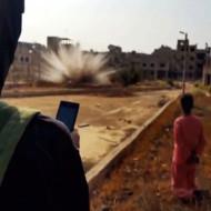 【イスラム国】ISISが革命!!スマホに囚人を爆破できる機能を搭載www