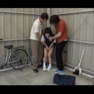 【エログロ】自転車置き場でレ●プされたJCがコチラ。。。(GIFあり)
