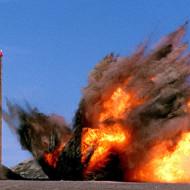 【衝撃映像】ミサイルが飛んでくるぞぉ!気をつけろぉwww