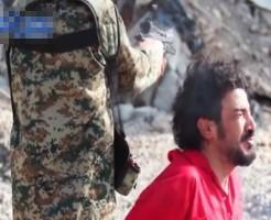 【グロ動画】少年「初めて人を殺したのは10歳の時です」 ISIS少年兵の処刑執行が容赦無い・・・