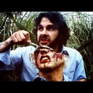 【閲覧注意】人間が人間を奪い合って貪り食うカニバリズム(食人)映像・・・
