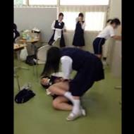 【本物いじめ】中国の女子中学生集団いじめが容赦なさ過ぎる・・・