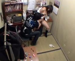 【JKレイプ】万引きしてしまったJKが店長に凌辱される末路www