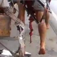 【事故死】バイクでトラックに全力で突っ込んだらめり込んで浮くことに成功した ※グロ動画
