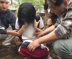 【ロリGIF】中学生の野ションベンに遭遇した結果www → 予想通りすぎて草不可避