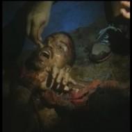 【グロ動画】囚人:今日 はらへったの、おれの手 くう かゆい うま ※閲覧注意