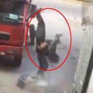 【衝撃】車のタイヤがバーストした時の瞬間破壊力で空中浮遊したら尊師になれたw ※動画