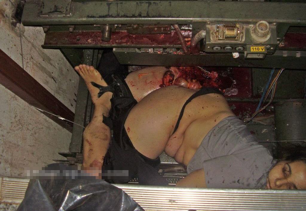 【グロ画像】エレベーター事故でぐちゃぐちゃになってしまった女の子の死体がコレ・・・