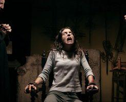 【悪魔祓い】悪魔が自分に乗り移るって想像できる???悪魔が乗り移って奇声上げる女の子 ※動画