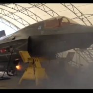 【衝撃映像】25ミリ機関砲装備したF35Bの射撃テスト見に行ってきた
