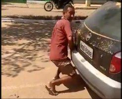 【衝撃映像】車のマフラーにちんこ突っ込んでレイプしたら何罪にあたるか教えてクレメンスwww