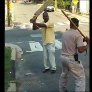 【衝撃映像】いい歳したおっさんDQNがガチの喧嘩したら返り討ちにされて致命傷負った件