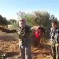 【閲覧注意】死にかけてるけど子どもの練習にはちょうど良さそうなイスラム国少年兵の斬首レッスンに参加してみた ※動画