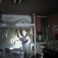 【衝撃動画】犯人を撃つ警察官の主観映像がまんまFPSのゲーム画面な件www