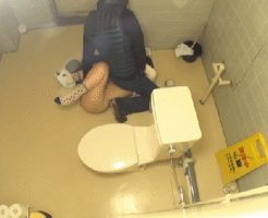 【JC レイプ】中学校のトイレに侵入して学生をレイプしていた事案・・・