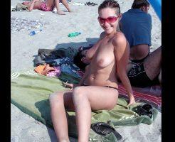 【勃起注意】撮影おkなヌーディストビーチで写真撮ってきたwwwおっきせず生還不能案件www