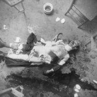 【グロ注意】1920年代の殺人現場の現場写真 白黒でも怖E・・・