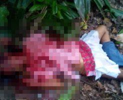 【グロ画像】旅行中カップル・・・彼氏の前で彼女がレイプされ殺害される・・・