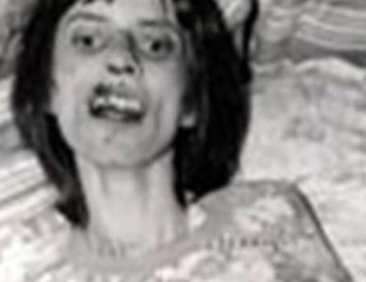 【閲覧注意】リアルに悪魔に取り憑かれた少女の顔怖すぎ。。完全逝ってますわ