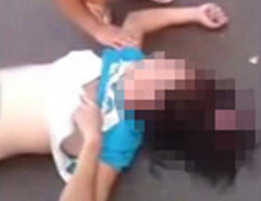 【グロ 動画】ノーヘルでバイク運転してた女子校生の頭がカチ割れた・・・