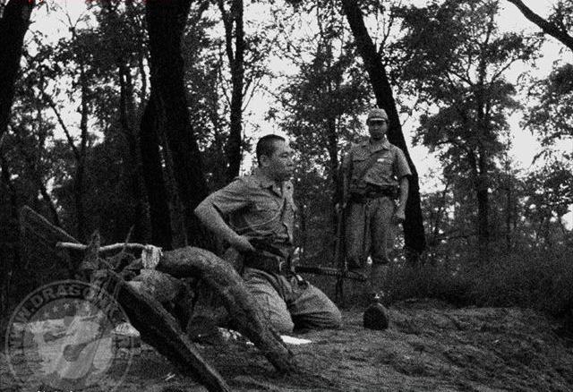 【グロ画像】敗戦直後に自殺した旧日本軍兵士は切腹して自害した記録が流出・・・