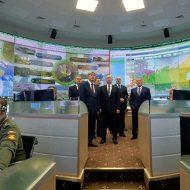 【ロシア】プーチンが作戦指揮してるロシア軍の戦略司令室をご覧くださいwww