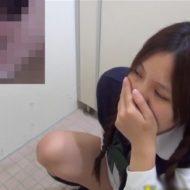 【無修正 盗撮】古風なおさげJKにだって性欲はあるんだよなぁ~ww個室トイレでガチオナニー!