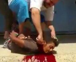 【処刑動画】ド素人のおっちゃんが斬首してみたら想像以上にへたくそだった件についてw