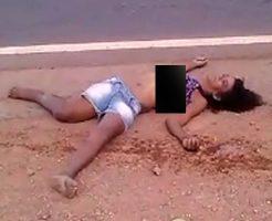 【エログロ動画】女性諸君、ノーブラで事故死するとおっぱい丸出しになるから止めたほうがいいよ