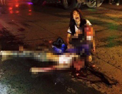 【閲覧注意】夫と子供が目の前で肉片に。路上で泣き崩れる若い奥さんの悲鳴が精神的にキツイ・・・