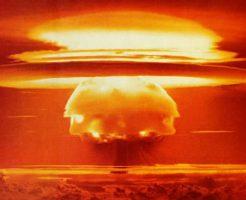 【衝撃映像】爆発は芸術だ!核実験の映像が美しすぎて、ワイ世界滅亡の日を心待ちにする